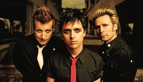 """I Green Day, con """"Father Of All..."""", daranno un erede a """"Revolution Radio del 2016."""