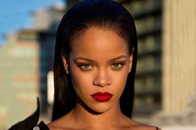 """La popstar Rihanna pubblicherà il seguito del buon """"ANTI"""" del 2016? Pare proprio di sì."""