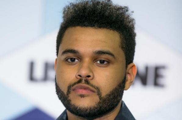 The Weeknd ha rivoluzionato l'R&B attraverso i tre mixtapes pubblicati nel 2011.