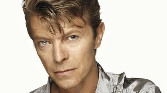La morte di David Bowie, avvenuta nel 2016, ha lasciato un vuoto incolmabile nel cuore dei suoi fans.