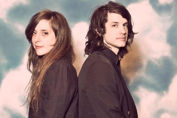 Il duo americano noto come Beach House suona un dream pop quieto ma mai prevedibile.