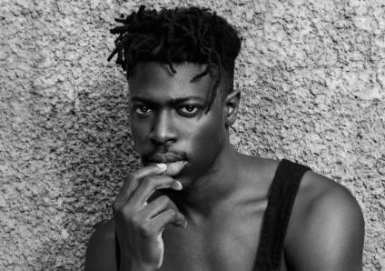 Il talentuoso Moses Sumney si candida a volto della scena R&B del futuro.