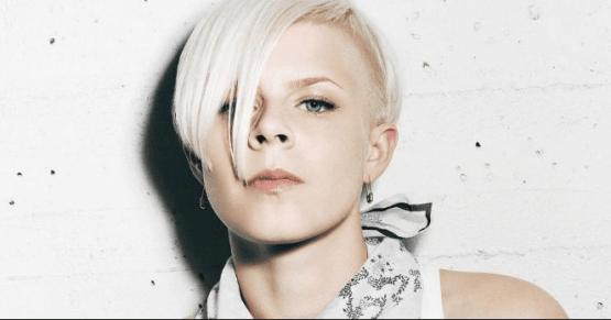 La svedese Robyn ha scritto brani pop che hanno influenzato tutta la decade.