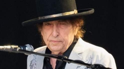 """L'immarcescibile Bob Dylan, con """"Rough And Rowdy Ways"""", ha pubblicato un altro grande LP."""