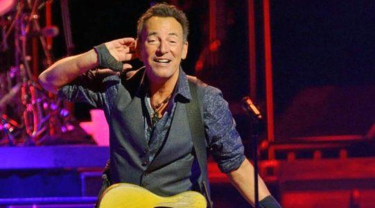 """Il ventesimo album di Bruce Springsteen, """"Letter To You"""", si aggiunge senza intaccarla ad un'eredità immensa."""