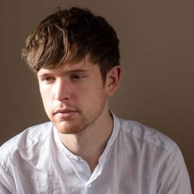 Il produttore inglese James Blake si fece conoscere nel 2010 grazie a due splendidi EP.